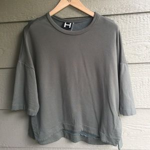 H by Bordeaux 3/4 length sleeve sweatshirt top